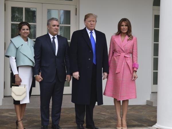 Trump insiste en que EE. UU. no descarta opción militar en Venezuela