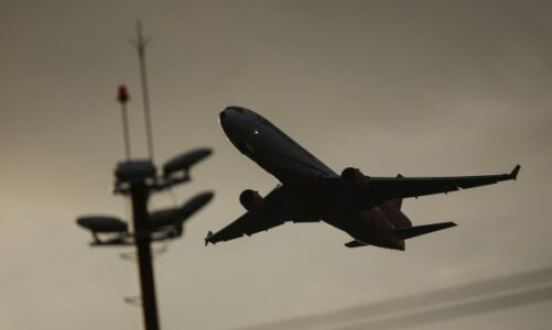 Minsalud dio vía libre a vuelos internacionales